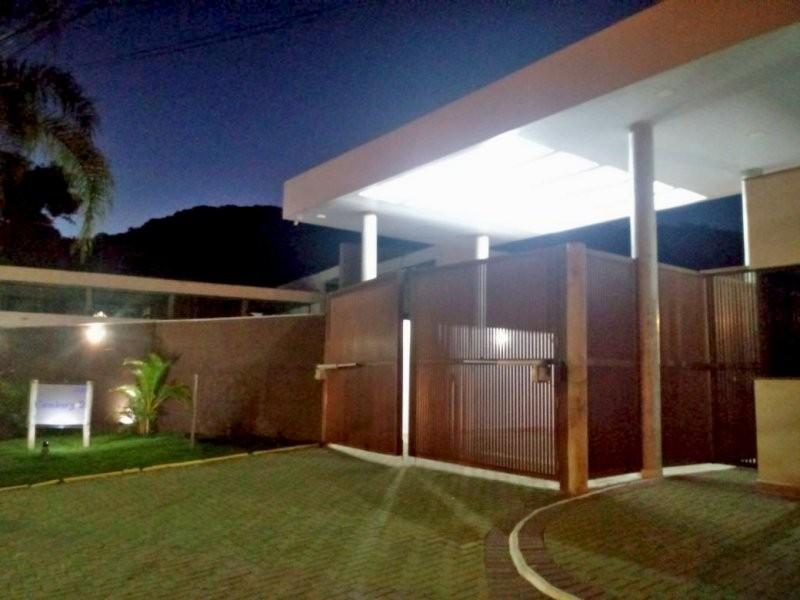 Casa à venda  no Camburi - São Sebastião, SP. Imóveis